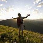El senderismo puede ser una forma estimulante de ejercicio si su cuerpo está preparado para los desafíos.