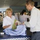 La démographie d'une entreprise de nettoyage à sec peut inclure des professionnels en activité âgés de 30 à 45 ans.