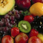 Carbohydrate-rich fruits and grains are smart food choices before your workouts.