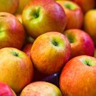 Apples are high in fiber, including the soluble type.