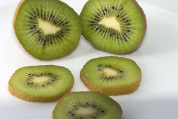 A 1-cup serving of kiwi fruit supplies about 2 grams of protein.