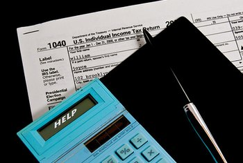 Standard tax deductions can help those with few qualified deductible expenses.