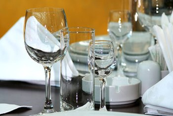 Catering for business functions benefits from utilizing event-planning services.