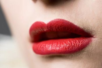 Share a set of red lips with a friend on Facebook using a free image.