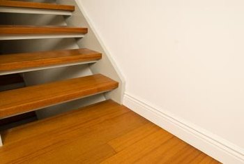 Use the right saw on stair treads.