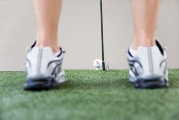 Positioning the feet correctly is a key to a proper golf setup.