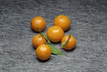Mandarin oranges are small and have a thin peel.