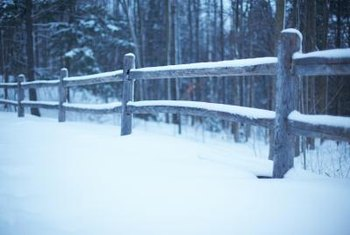 The split-rail fence's construction is simple.