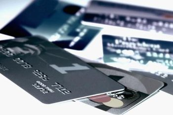 According to industry group The Credit Line, the percentage of existing credit card accounts paying late fees declined by 75.34 percent between 2009 and 2013.
