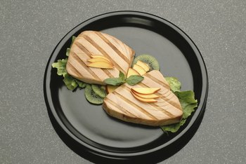 Fresh tuna is safer to eat than canned tuna.