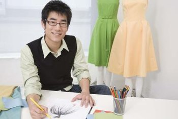 As of 2011, approximately 16,010 fashion designers were working in the United States.
