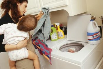 If your washing machine doesn't drain, you may have a problem with the washer's pump pulley.