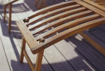 Deck finishes come in a variety of types for personalized decks, patios and porches.