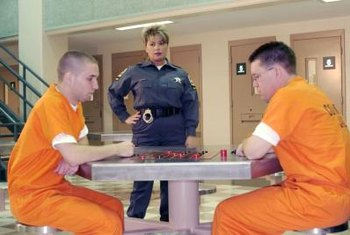 A correctional officer must have leadership skills.