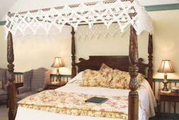 Colonial bedrooms featured handmade quilts and hand-tied fishnet canopies.