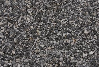 Crushed stone can be used as an effective mulch.