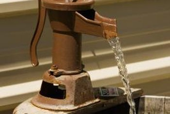Old-fashioned water pumps make fountain focal points.