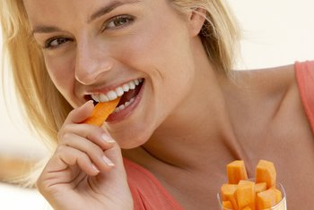 Raw vegetables are low-calorie foods that may aid weight loss.