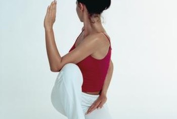 what yoga postures stretch tight muscles of the sacroiliac