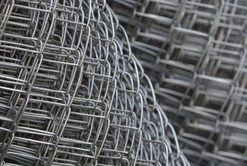Wire fencing clips work with various wire mesh fencing sizes and patterns.