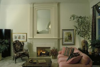 Mirrors are typical of Art Deco style.