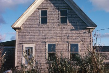Houses in poor condition may be abandoned properties.