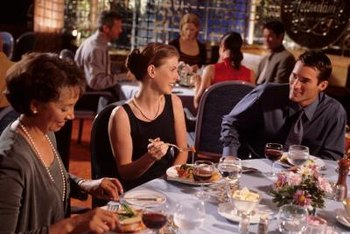 The characteristics of a good restaurant make guests happy to eat there.