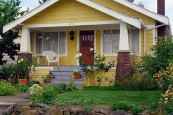 Using the right colors and painting techinques inside your bungalow helps it match its exterior architecture.