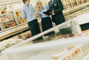 Good retail managers motivate their employees.