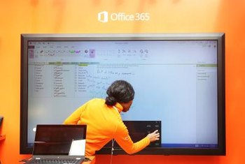 Microsoft's Office 365 caters to Windows 8, but it also runs on Windows 7.