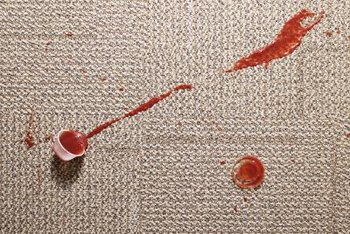 Tomato sauce is a natural dye that can stain rugs.