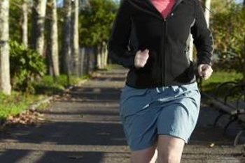 Appropriate footwear and jogging technique can help protect the spine.
