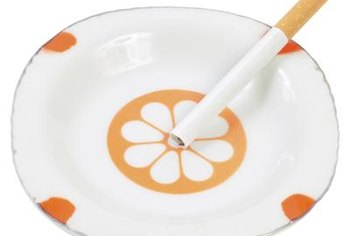 One person's ashtray is another person's paint inspiration.
