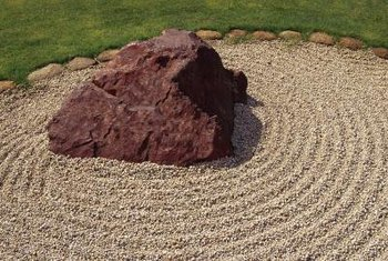 Draw the eye to large rocks or boulders with unique landscaping.