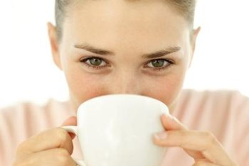 Cinnamon tea contains antioxidants and fiber.