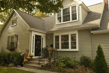 Proper installation of vinyl siding around windows requires planning but can be accomplished by do-it-youselfers.
