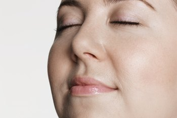 Aerobic exercises can help you lose fat on your face.