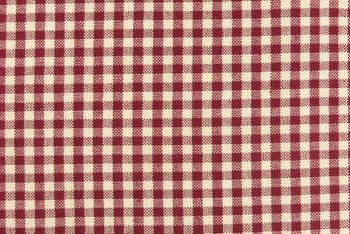 Small checks make a good fabric choice for country-style swags.