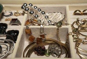 Jewelry Visual Merchandising Ideas