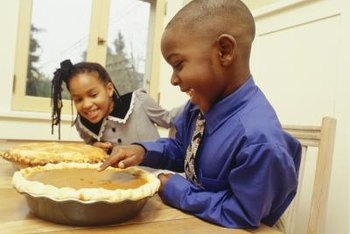 Learning to divide a Thanksgiving pie introduces first graders to fractions.