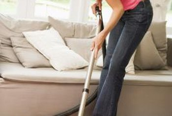 Use homemade rug deodorizer before vacuuming to freshen the room.
