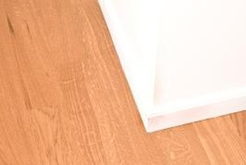 A traditional 90-degree corner with baseboard attached.