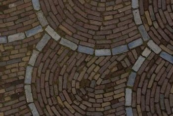 Bricks and cobblestones complement each other in color and form.