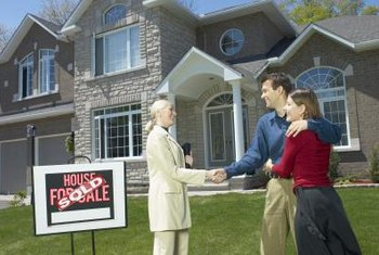Real estate yard signs help attract potential home buyers.