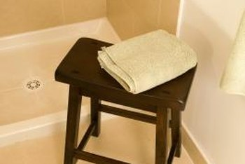 Wooden shower setas need a special waterproof coating.
