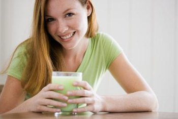 Homemade meal replacement shakes offer control over ingredients' integrity and nutrion content.