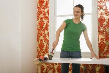 Cellulose wallpaper paste has the fewest solids of any wallpaper adhesive.