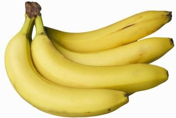 A medium banana contains 3 grams of dietary fiber.