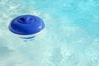 How to Use a Floating Pool Chlorinator