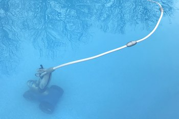 How to Quiet a Noisy Pool Pump Motor